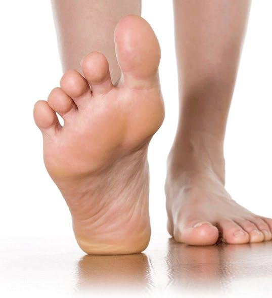 чому виникає грибок ніг